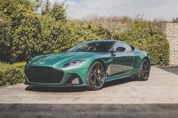 Aston Martin DBS 59 eert winst Le Mans