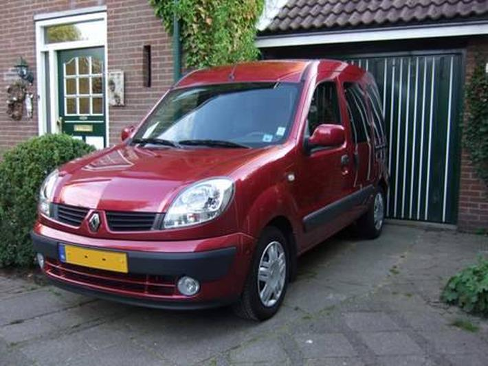 Renault Kangoo 1.6 16V Expression Luxe (2006)