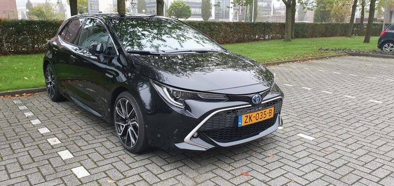 Toyota Corolla 2.0 Hybrid Premium (2019)