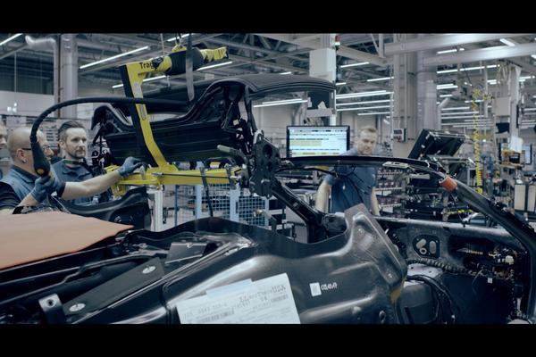 BMW i8 Roadster opnieuw getoond