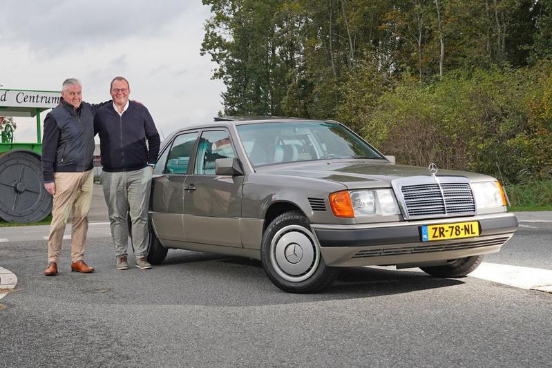 De restauratie van een W124