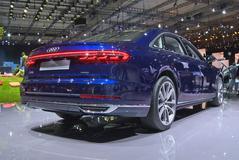 Audi A8 - Eerste kennismaking