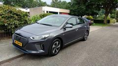 Hyundai Ioniq Hybrid Premium