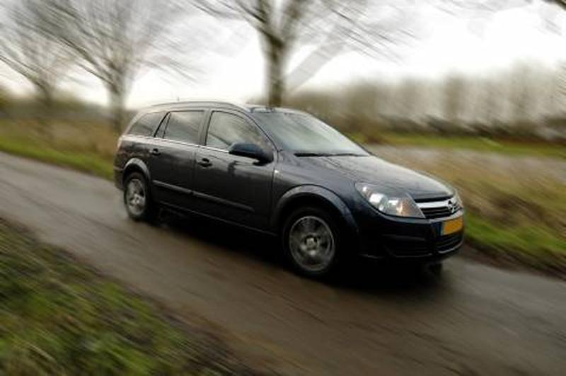 Opel Astra Stationwagon 1.3 CDTi 90pk Cosmo (2006)
