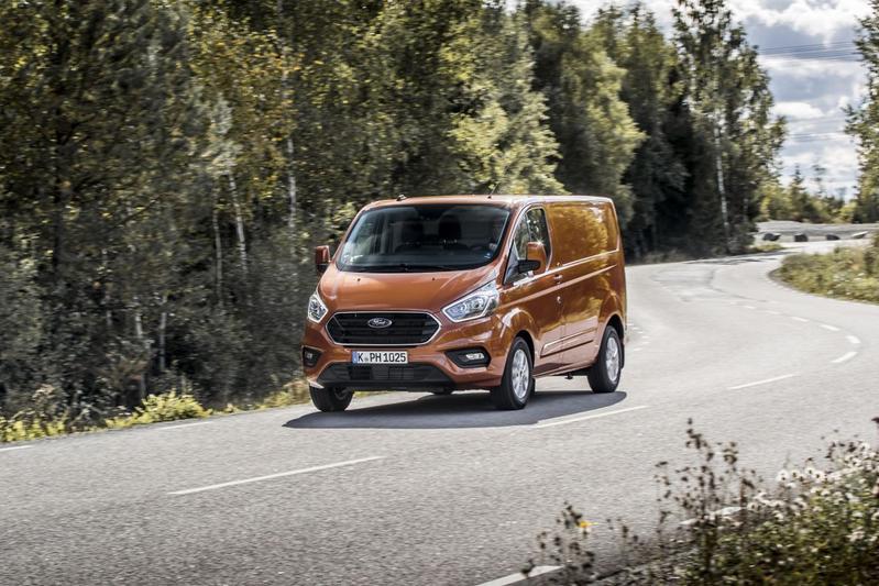 Ford Transit Custom Plug-in Hybrid - Eerste Rijtest
