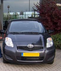 Toyota Yaris 1.0 12v VVT-i Cool (2010)