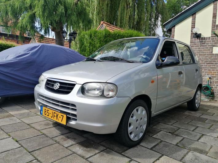 Suzuki Alto 1.1 GLX (2004)