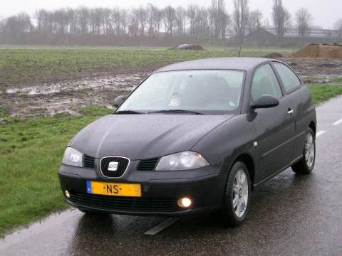 seat ibiza 1 4 16v 75pk sport 2004. Black Bedroom Furniture Sets. Home Design Ideas