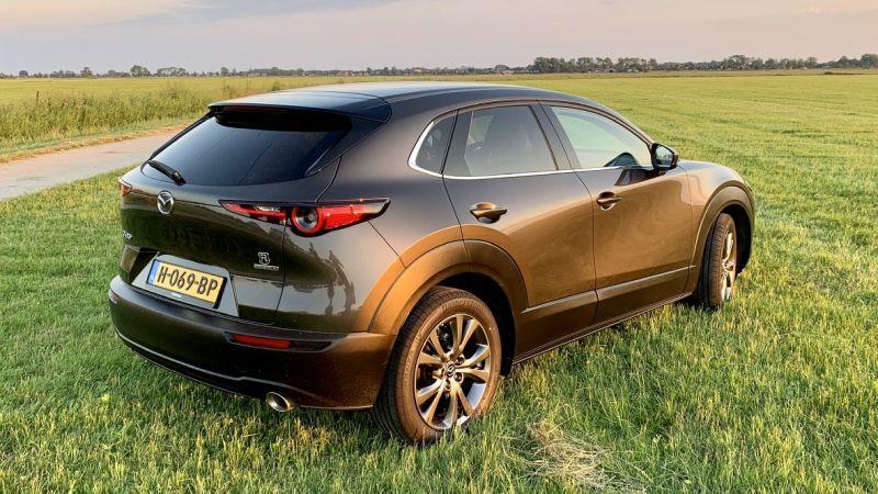 Mazda CX-30 SkyActiv-X 180 2WD Luxury (2020) #4