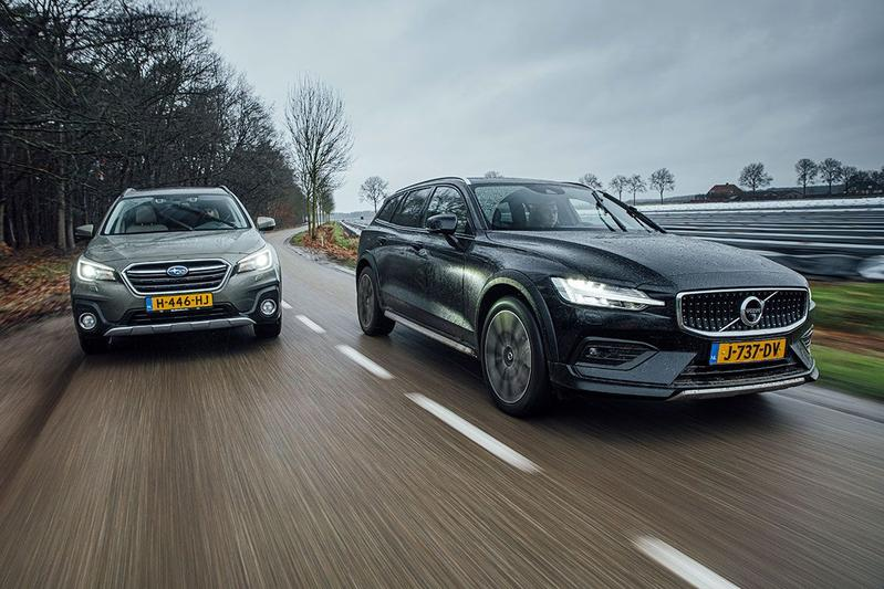 Test: Subaru Outback vs. Volvo V60 Cross Country