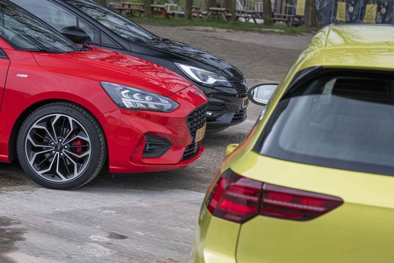 Golf Astra Focus lease zakelijk D-segment hatchback