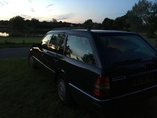Mercedes-Benz 200 TE (1992)