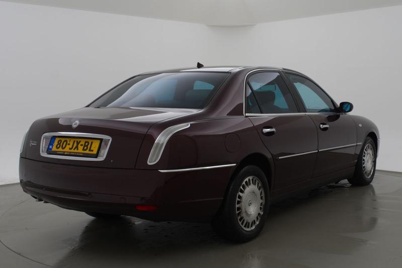 Vijf Lancia's voor minder dan 5.000 euro