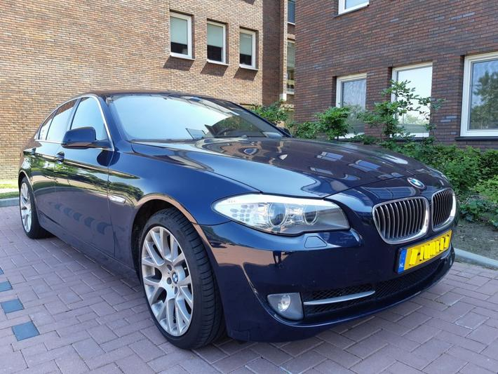 BMW 520i High Executive (2013)