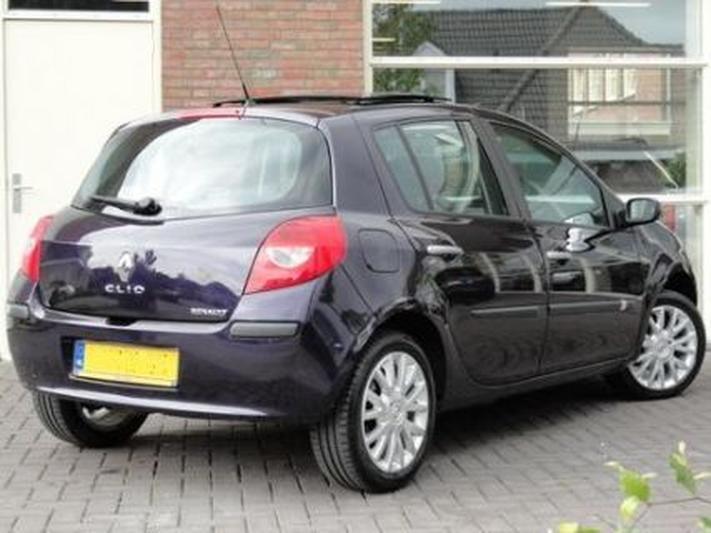 4cfae4a57f3 Renault Clio 1.5 dCi 105 Dynamique S (2007) review - AutoWeek.nl