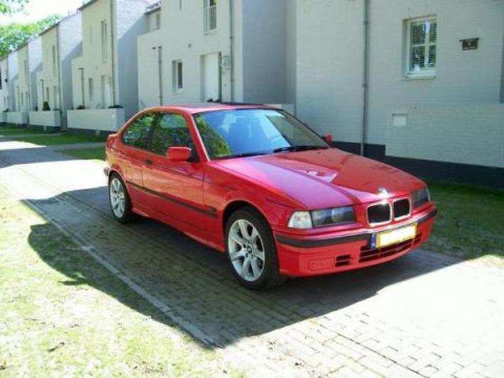BMW 316i Compact Executive (1996) #3