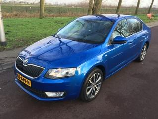 Skoda Octavia 1.8 TSI Greentech Edition Businessline (2015)