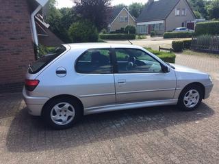 Peugeot 306 XR 1.6 (2000)