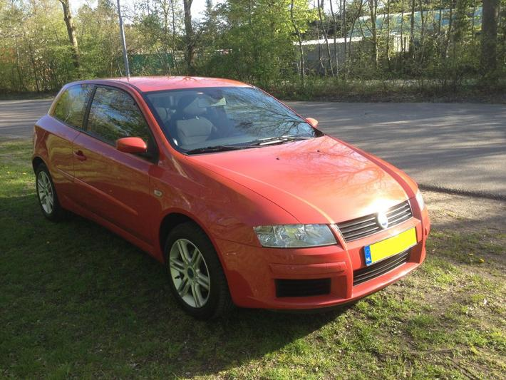 Fiat Stilo 2.4 20v Abarth 5M (2005)