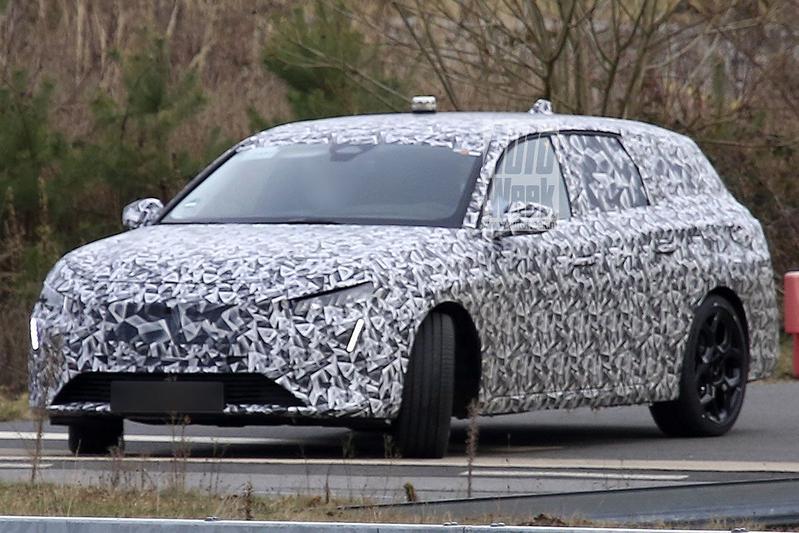 Nieuwe Peugeot 308 SW in beeld