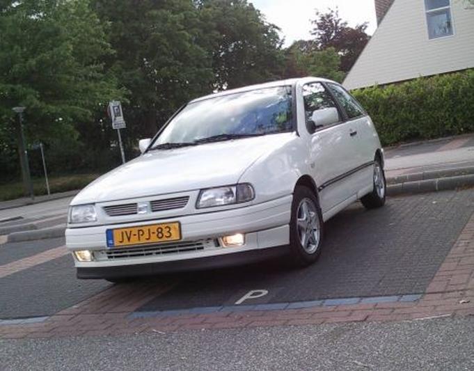 Seat Ibiza 1.4i S (1995)