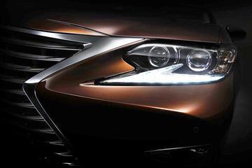 Vernieuwde Lexus ES in Shanghai