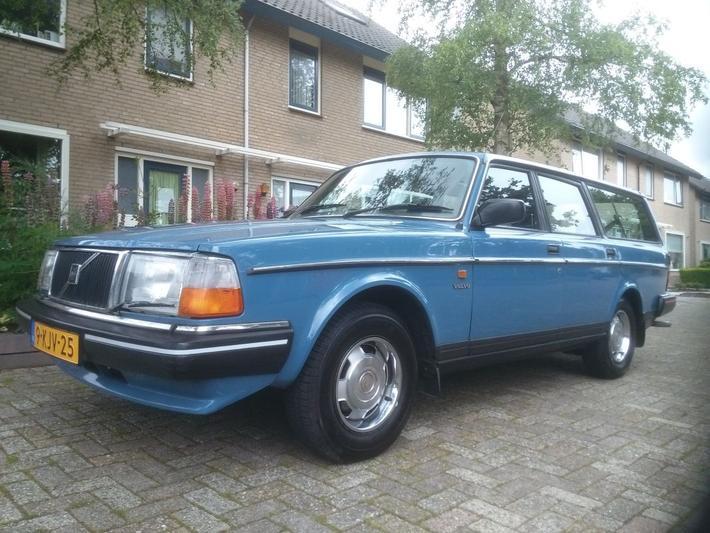 Volvo 240 GL 2.3 Estate (1987)