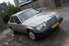 Mercedes-Benz 300 E