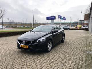 Volvo V40 D2 Business Summum (2015)