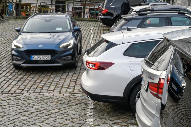 Parkeren gevaar hulpsysteem fileparkeren Duitsland