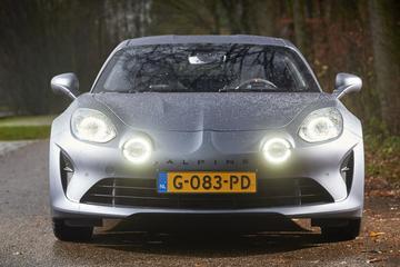 Renault kijkt met Alpine naar Ferrari en Porsche