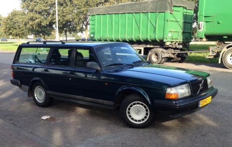 Volvo 240 Polar 2.3 Estate (1993)