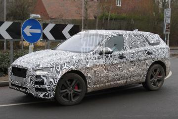 Jaguar F-Pace met Supercharged-spieren gespot