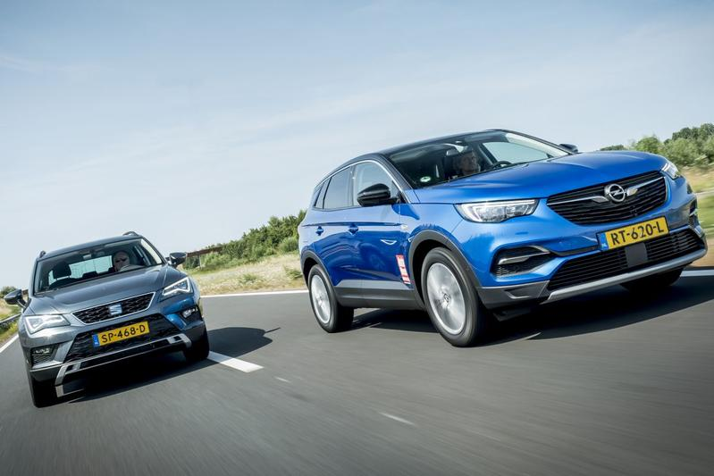 Opel Grandland X - Seat Ateca