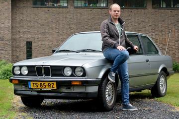 BMW 320i (1988)