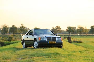 Mercedes-Benz 230 CE (1992)