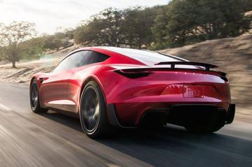 Tesla Roadster op nog langere baan