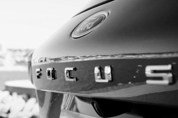Ford brengt Focus nu zelf in beeld