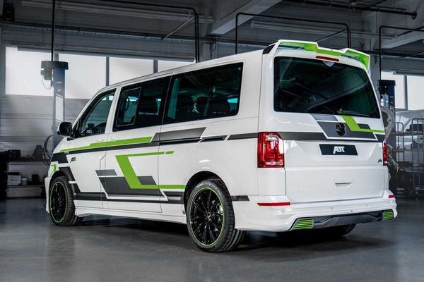 Volgehangen Volkswagen e-Transporter naar Genève