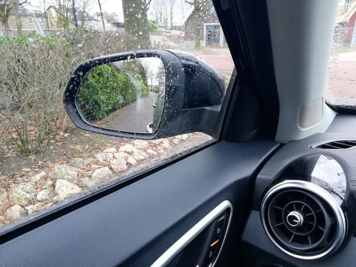 MG ZS EV Luxury (2019)