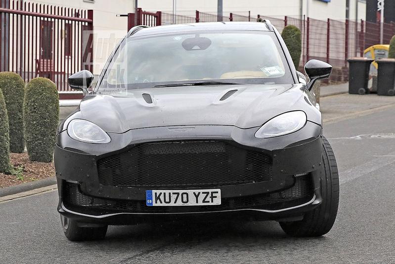Spyshots Aston Martin DBX