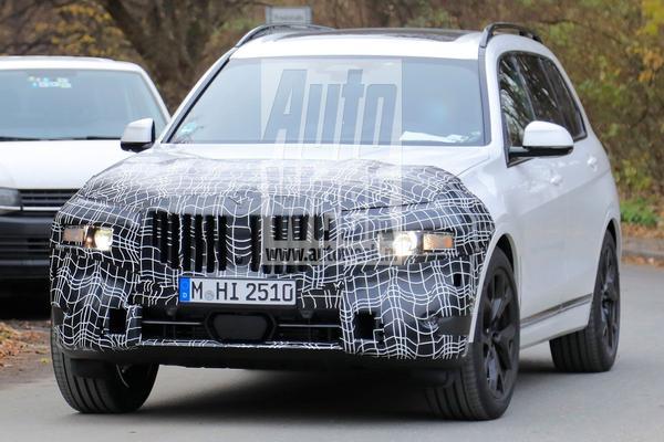 BMW X7 facelift onderweg