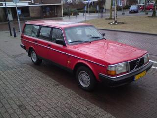 Volvo 240 GLE 2.3 Estate (1991)