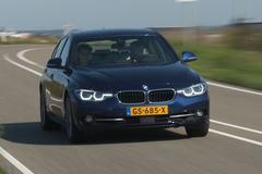 Achteruitkijkspiegel - BMW 340i
