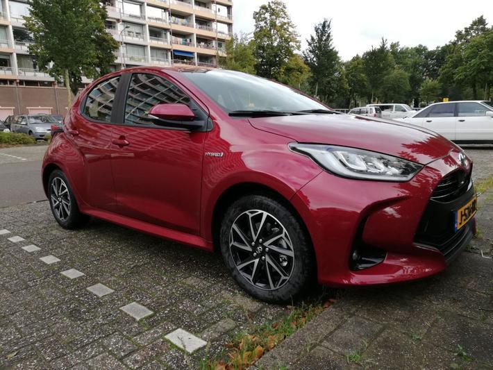 Toyota Yaris 1.5 Hybrid First Edition (2020)