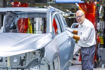 'Stellantis wil van Duitse Opel-fabrieken af'