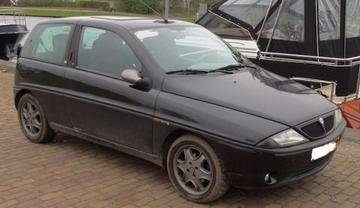 Lancia Ypsilon 1.2 16v elefantino rosso (2000)