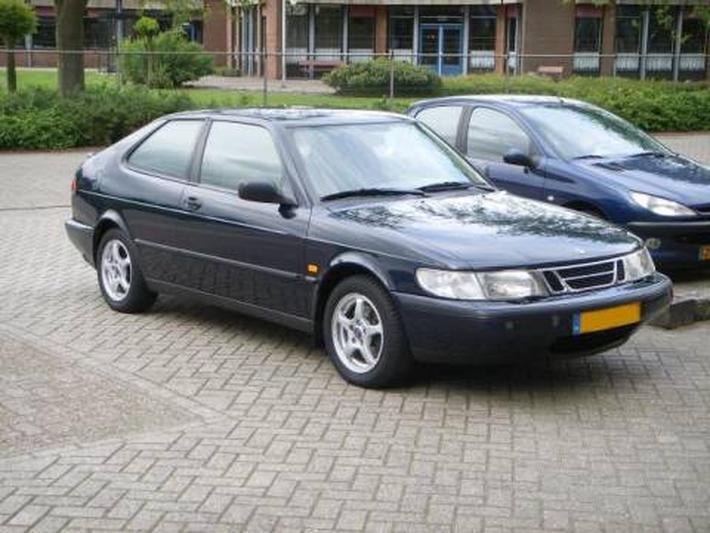 Saab 900 2.0i Coupé (1998)