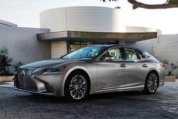 Dít is de nieuwe Lexus LS!