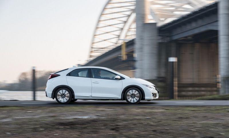 Honda Civic 1.4 Elegance Business Edition (2015)